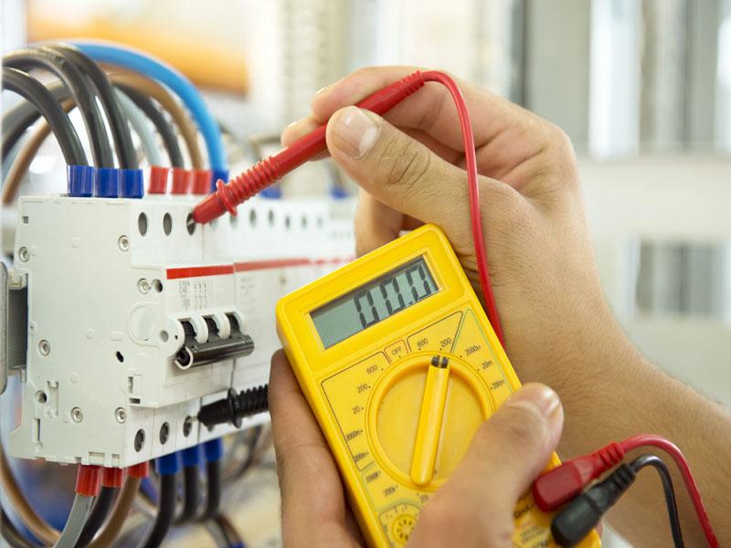 Выполняем электромонтажные работы любой сложности